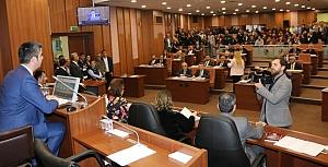 Kartal Belediyesi Meclisi start verdi