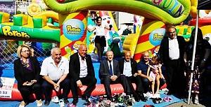 Kimsesiz çocuklar yararına festival