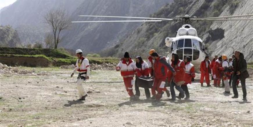 11 cenaze helikopterle alındı