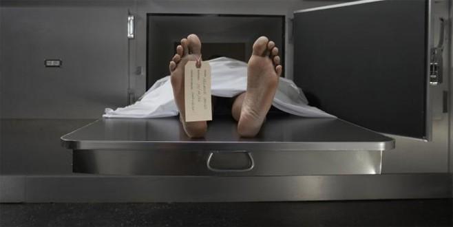 3 doktorun öldü dediği mahkum otopside canlandı