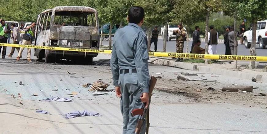 Afganistan'da otobüse bombalı saldırı!