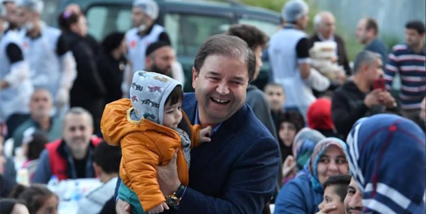 Binlerce Maltepeli 'Sevgi Sofraları'nda buluştu