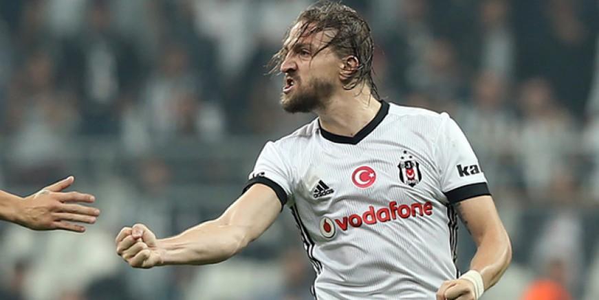 Caner Erkin Beşiktaş'ın gizli yıldızı