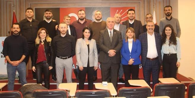 CHP Kartal İlçe yönetimi görev dağılımı yaptı