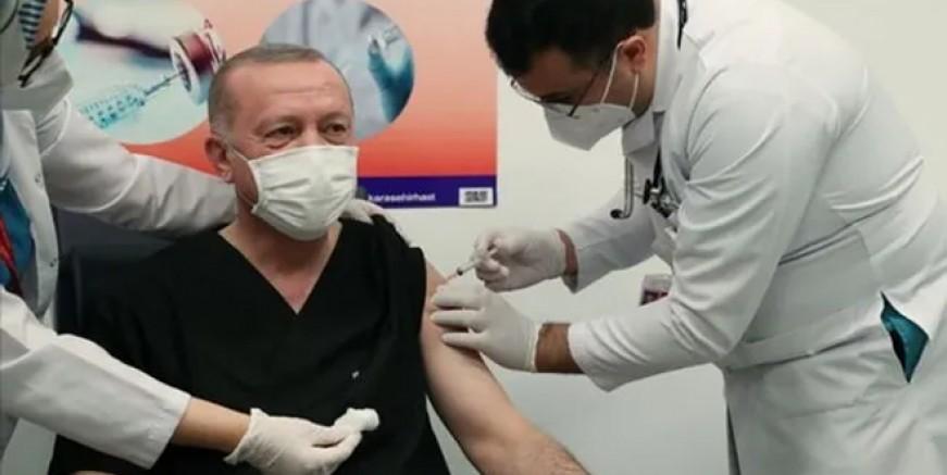 Cumhurbaşkanı Erdoğan'a aşı yapan doktor kim?