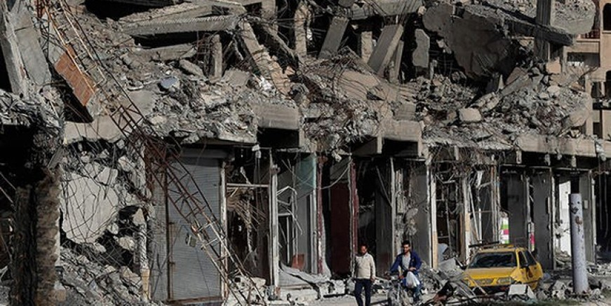 DEAŞ Suriye'nin doğusuna saldırdı