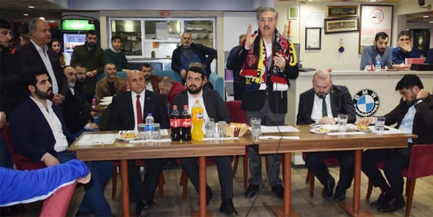 Ebubekir Taşyürek Kartal'a stadyum sözü verdi