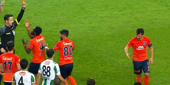 Emre Belözoğlu Fenerbahçe'ye karşı yok