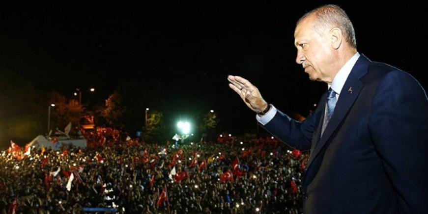 Erdoğan balkon konuşmasını yaptı