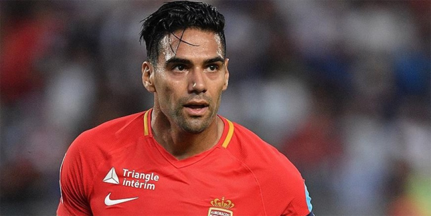 Falcao Galatasaray'a mesaj gönderdi