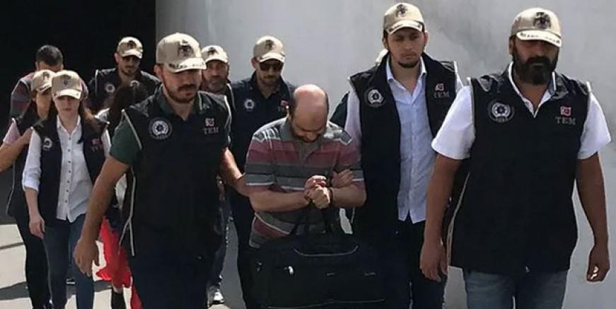 FETÖ'nün sözde 'Türkiye imamı' ile eşi tutuklandı