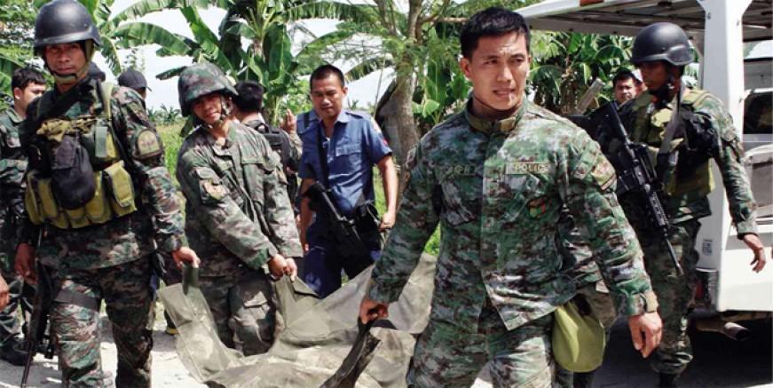 Filipinler'de askerler polisleri vurdu; 6 ölü