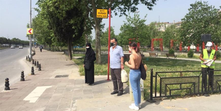 İstanbul Kartal'da otobüs durağı isyanı