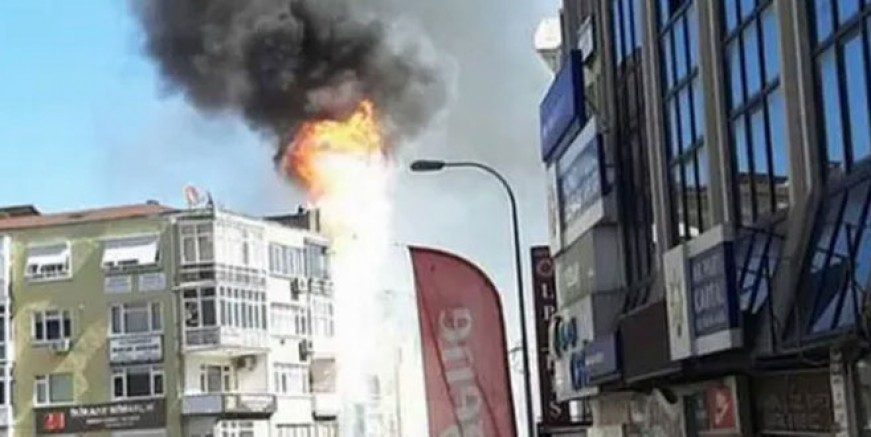 Kartal'da dershanede yangın paniği