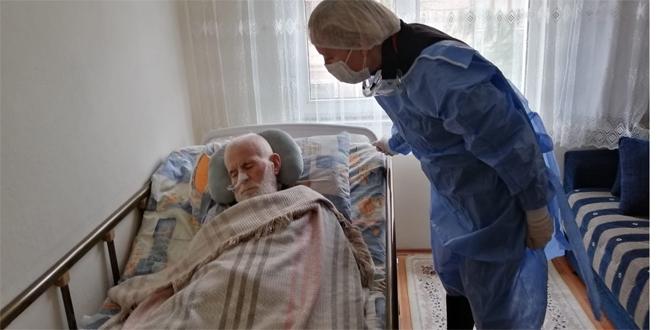 Kartal'da evde sağlık hizmetleri yeniden başladı