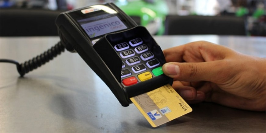 Lüks restoranda kredi kartı vurgunu