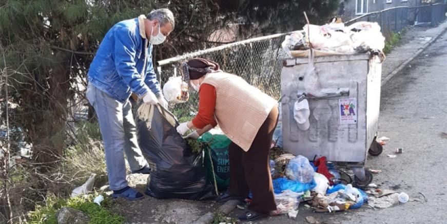 Maltepe'de halk sokaklarda çöp topladı!