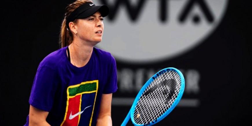 Maria Sharapova gönülleri fethetti