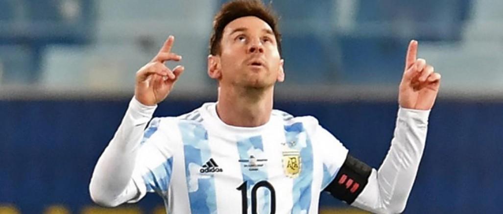 Messi Pele'nin rekorunu tarihe gömdü