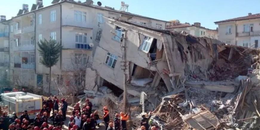 Naci Görür'den ürküten İstanbul depremi uyarısı