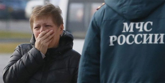 Rus yolcu uşağı düştü 71 ölü