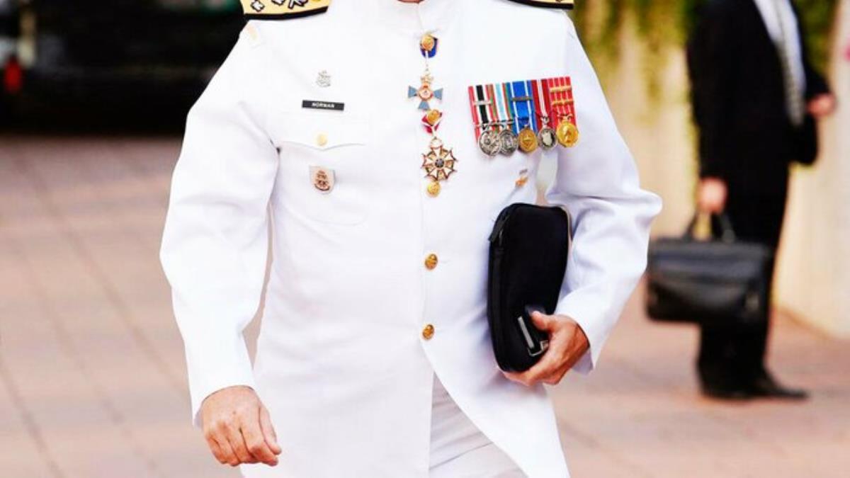 104 amiralin lojmanları ellerinden alındı