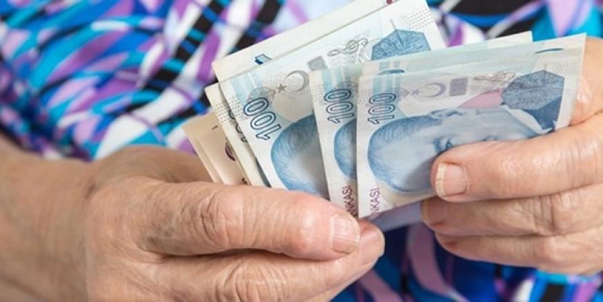 Tüm emeklilere 3 maaş avans müjdesi