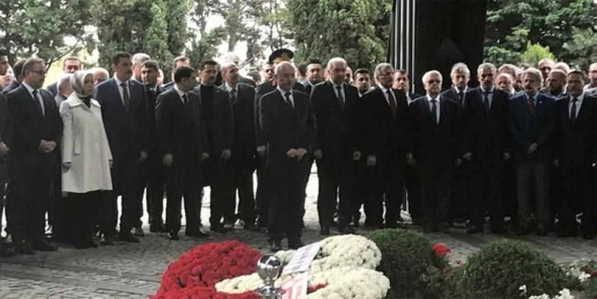 Turgut Özal Anıt Mezar'da anıldı